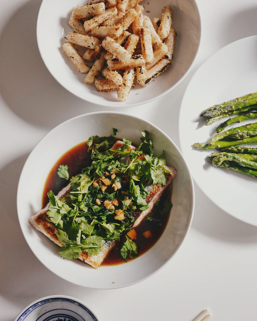 Recipe: Cantonese Pan-Fried Salmon with Soy Sauce